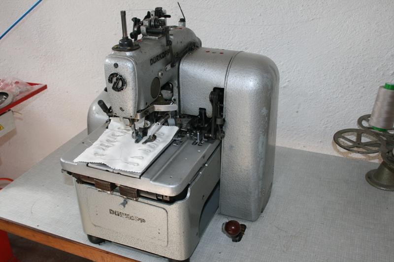 Masina de cusut Durkopp 558 butoniera grea