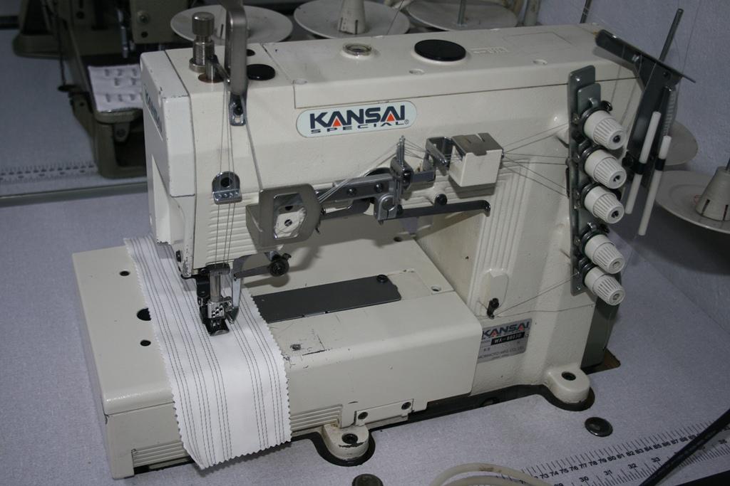 Masina pentru cusatura de acoperire marca Kansai WX8803D