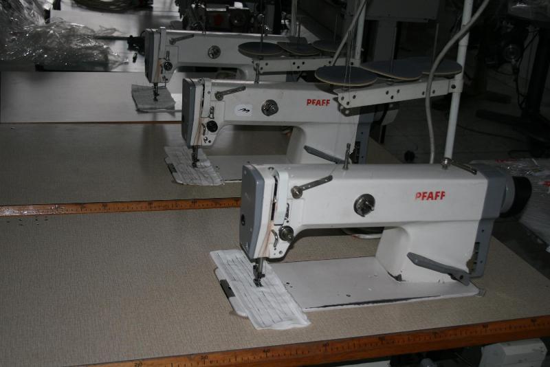 Masina de cusut pfaff 953, liniara cu taiere