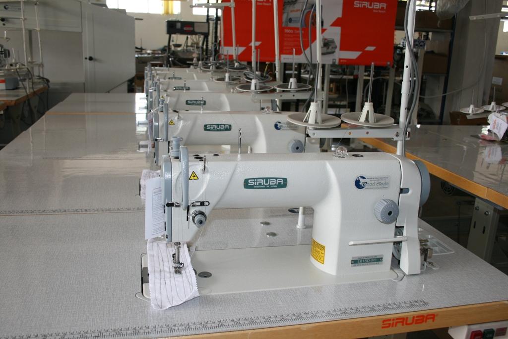 Lineáris varrógép Siruba L818